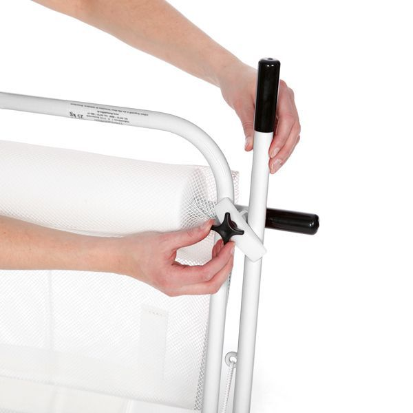 The lift arm can be secured against accidental triggering